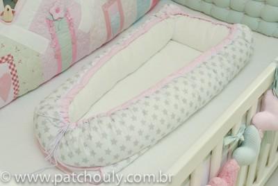 Ninho para Bebê Branco com Estrelas Cinza com Rosa