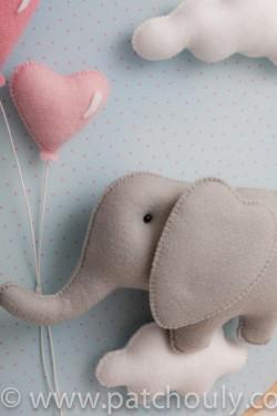 Enfeite de porta Elefante Azul com Coração 3