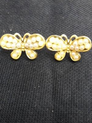 Piercing Borboleta Dourada com perolas