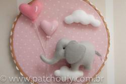 Enfeite de porta Elefante Rosa com Coração 2