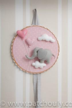 Enfeite de porta Elefante Rosa com Coração 4