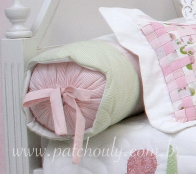 Q_Borboleta_Rolo para cama
