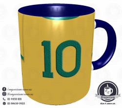 Caneca Seleção Brasileira - Camisa 1970 (Tricampeão Mundial) - Porcelana 325 ml 3