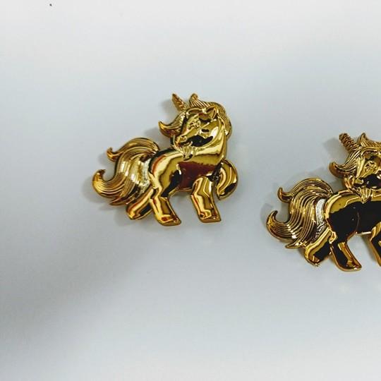 Unicornio Dourado ABS