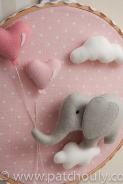 Enfeite de porta Elefante Rosa com Coração 3