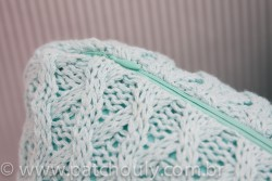 Almofada Retangular de Tricot Tiffany Claro 5